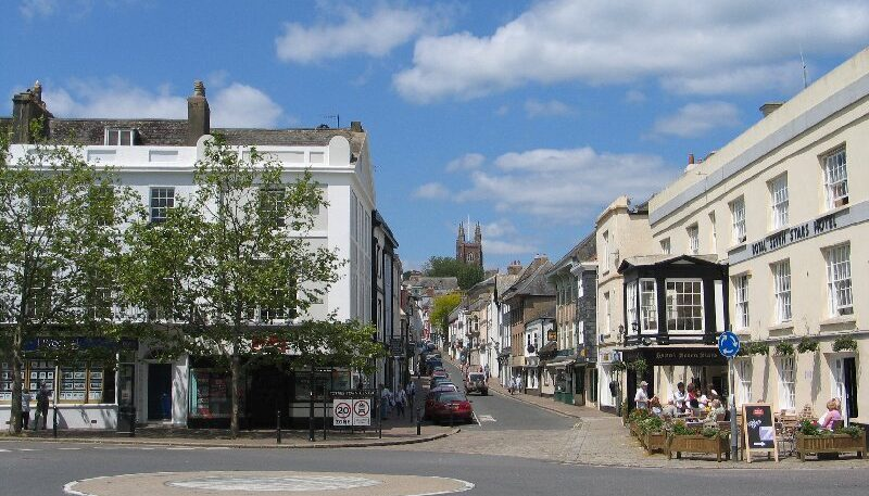 Totnes town trail banner images (2)